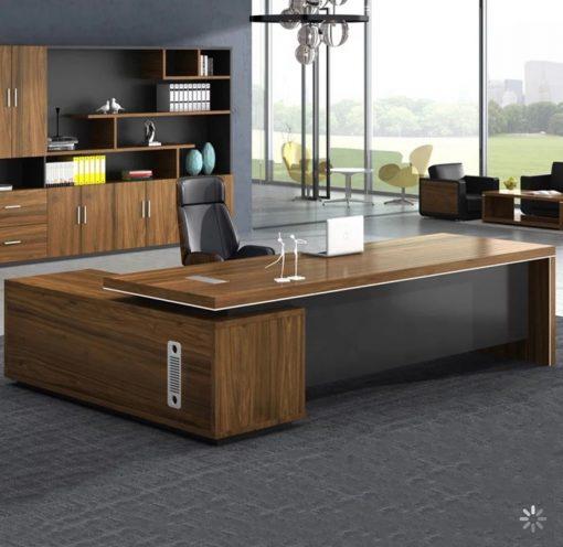 Executive Table Evt - 13